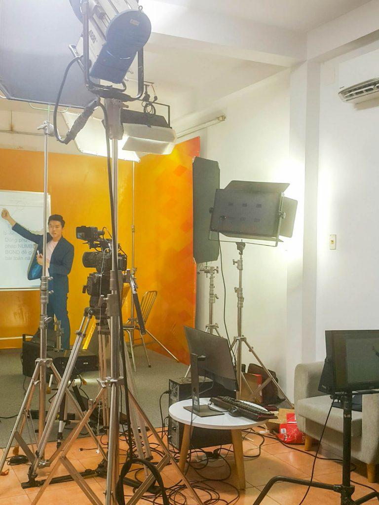 Day Hoc Toan Nipimedia Livestream 3